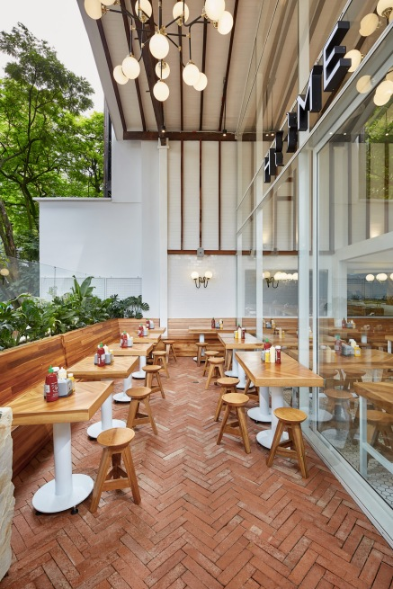 Sona_Home_Burgers_Medellin_10a_04